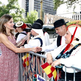 Queen Letizia greeting crowds outside the Spanish Govenor's Palace